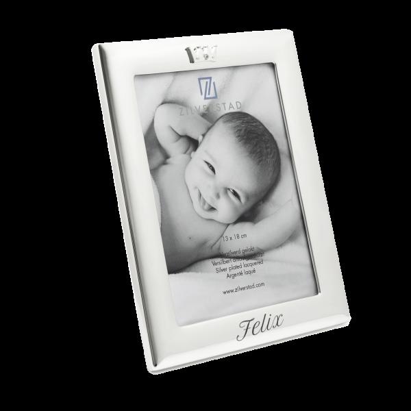 Versilberter Baby Fotorahmen mit Gravur des Namens